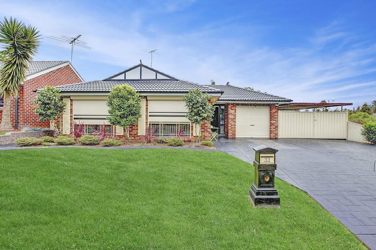 33-Harwood-Circuit-Glenmore-Park-2745-NSW