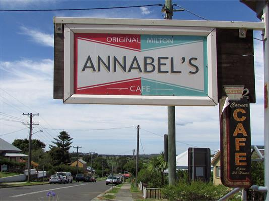annabels-cafe-milton-2538