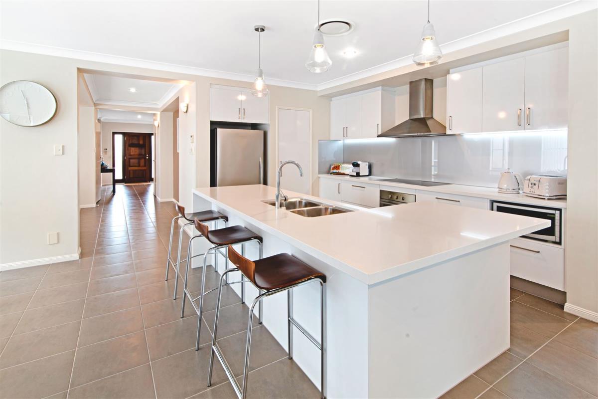 12-Orana-Avenue-Southport-4215-QLD