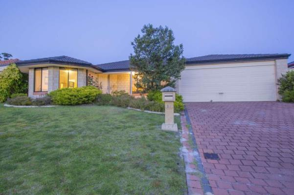 26-Muirfield-Avenue-Success-6164-WA