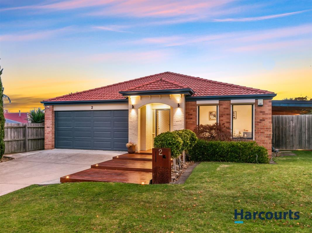 2-Paxton-Close-Berwick-3806-VIC