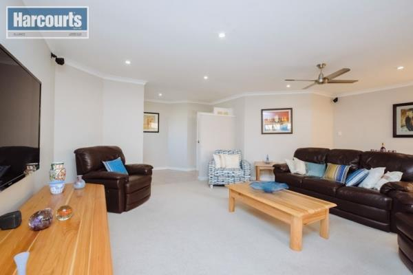 7 Sheringham Retreat Currambine 6028 Western Australia