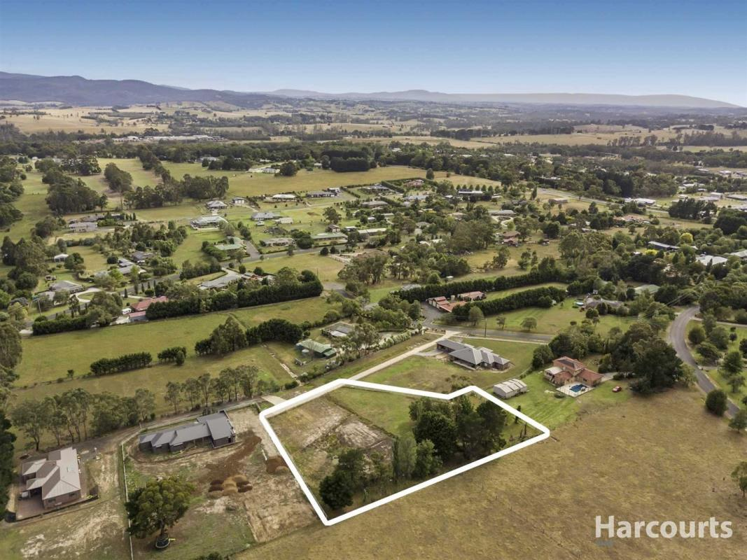 2-3-Lindenell-Drive-Drouin-3818-VIC
