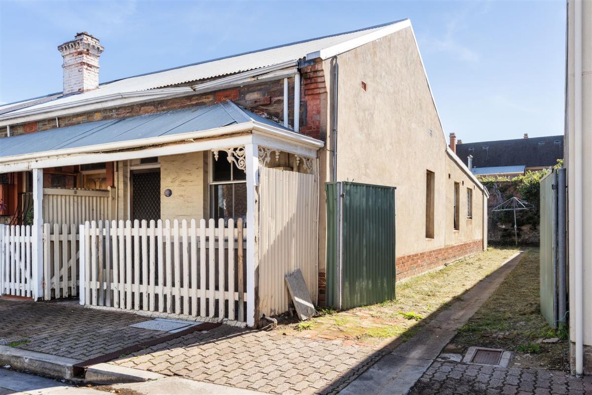 18-Maxwell-Street-Adelaide-5000-SA