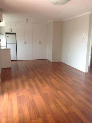 5-18-Garden-St-Southport-4215-QLD